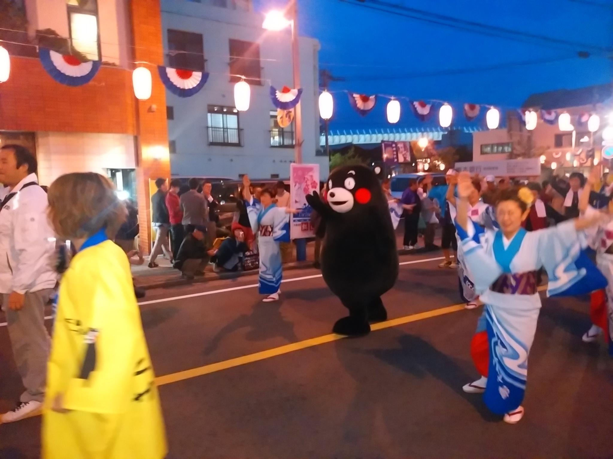 くまモン(総踊り)